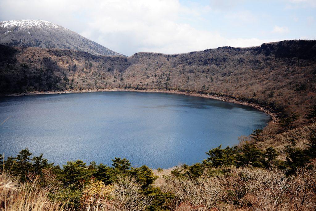 大浪池登山 火口周回~マンサク探しに行きましょう